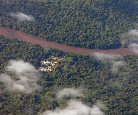 An indigenous forest community as seen from the air. Image by Rhett A. Butler/Mongabay.